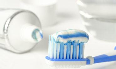 http://pdentaljacobo.es/wp-content/uploads/2018/10/toothpaste-3067569_1920-370x220.jpg
